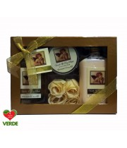 SET CADOU FRENCH CLASSIC ANGEL VANILLA AND ROSE PETALS 4 PIESE - VILLAGE